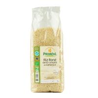 Половинки зерен органического риса из Камарга
